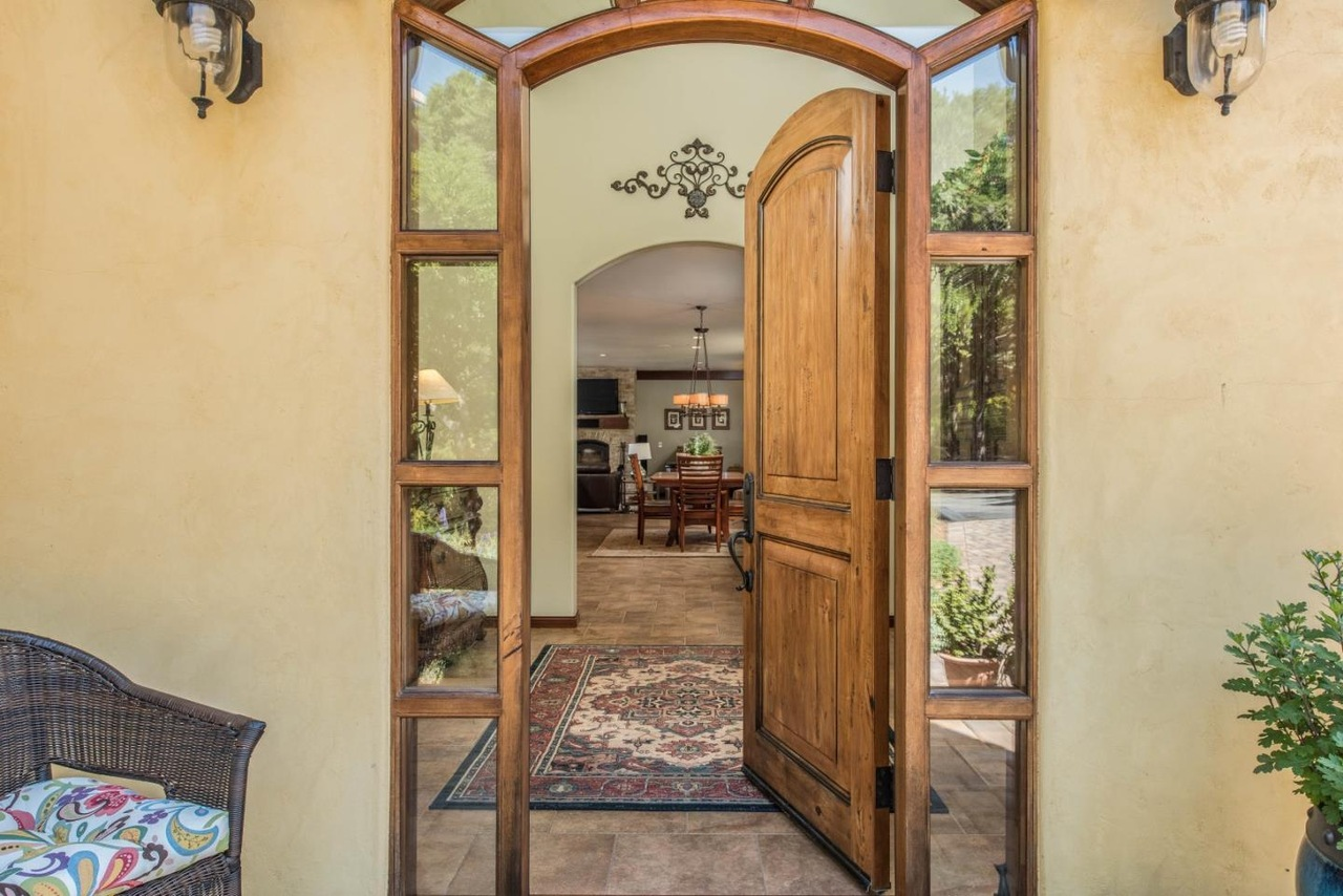 Carmel Valley rental homes