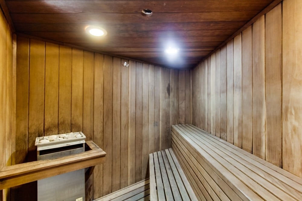 crown point rental with sauna